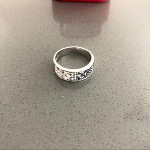Beautiful gradient sterling silver ring!